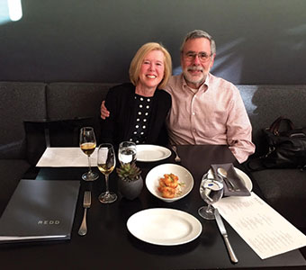Photo of Linda Gibson and Roy Shanker '70. Link to their story.